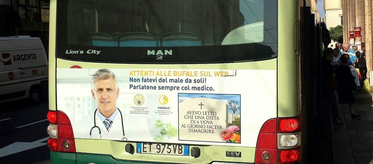 Contro le fake news in sanità: è partita una campagna sugli autobus cittadini a Parma