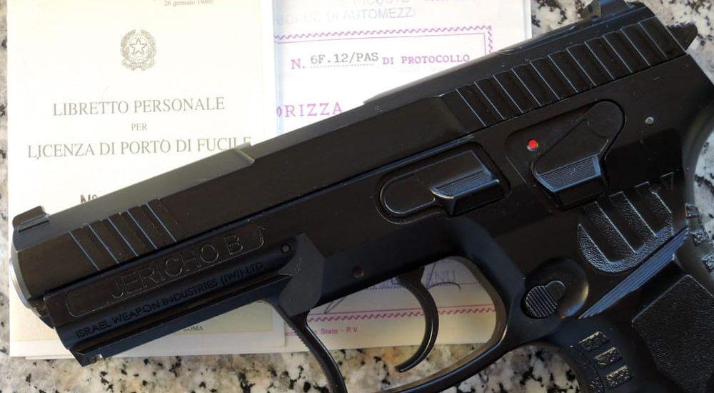 Detenzione armi e certificazione medica, cosa cambia con il nuovo decreto